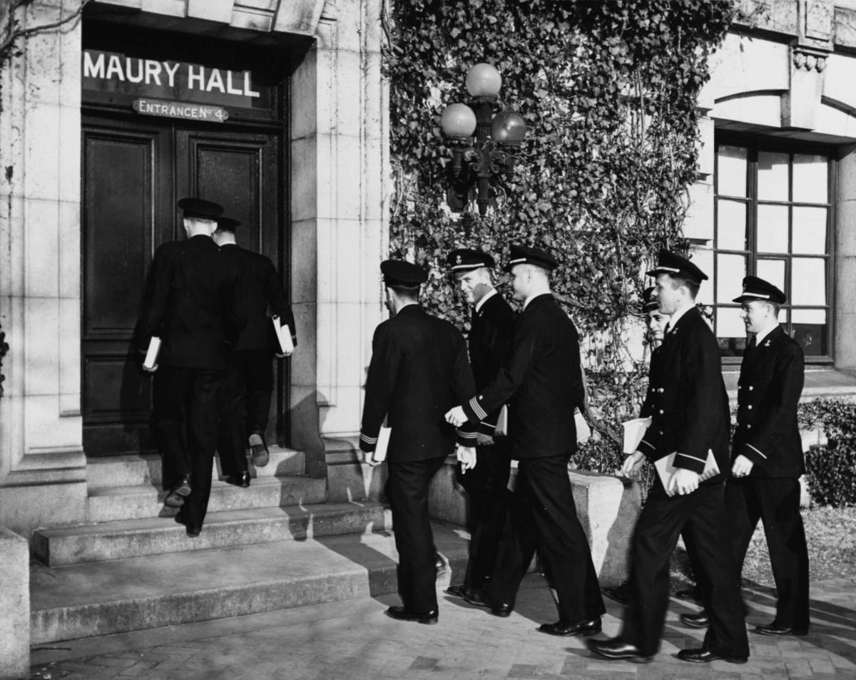 Midshipmen entering Maury Hall