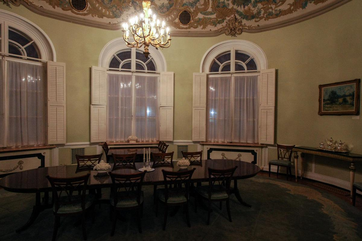 Dining room of the Spaso House