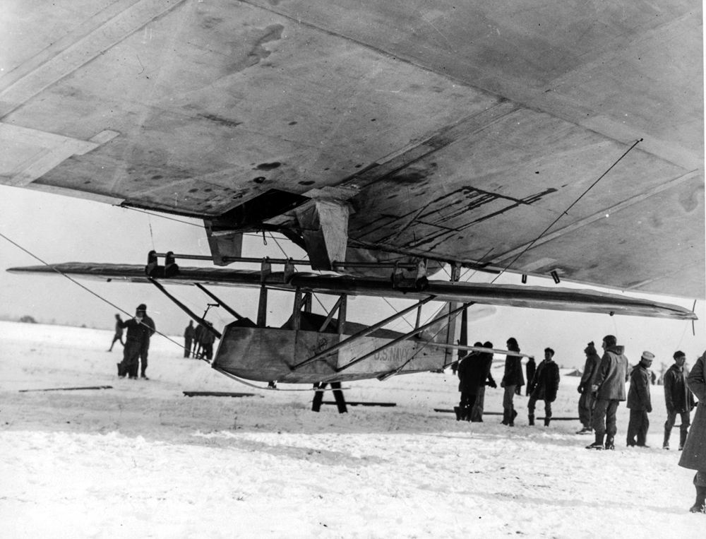 Barnaby prepares his Prufling glider for his historic flight from USS Los Angles (ZR-3), 31 January 1930.