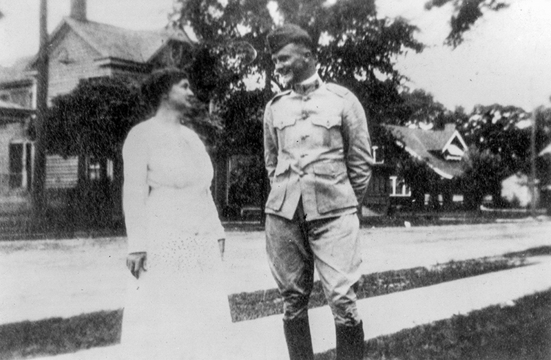 Darden with his mother after returning home in 1918.