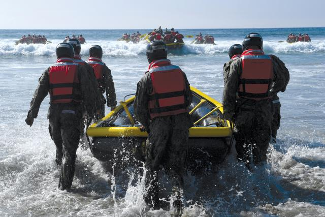 SEAL boat training