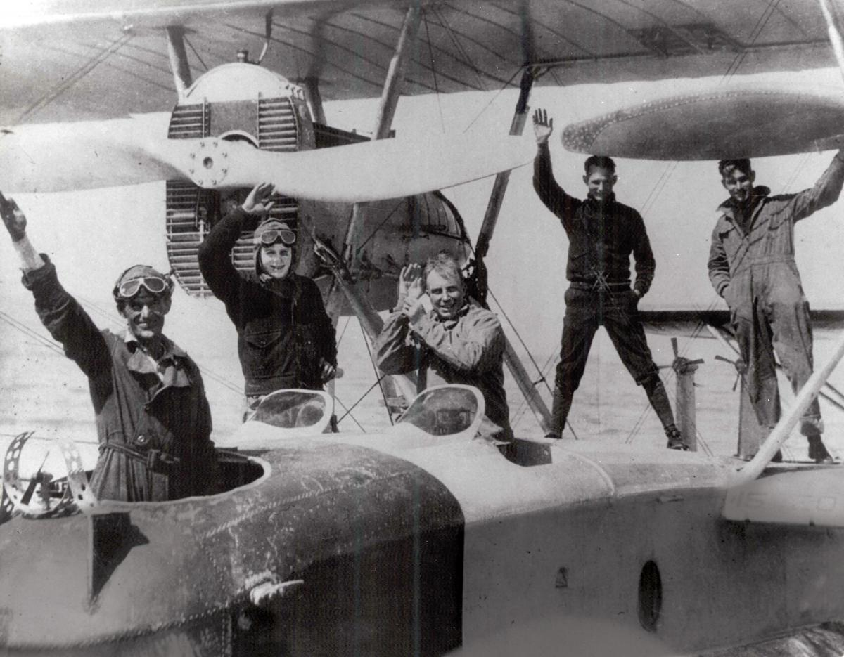Commander John Rodgers and his crew waving from the PN-9 No. 1