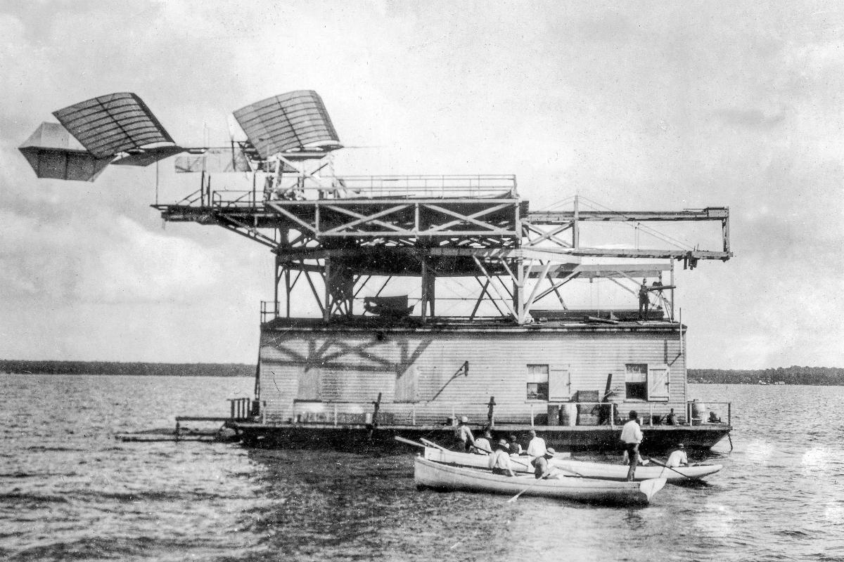 Attempted flight of Langley's full-sized palne, preparatory to launching